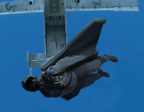 wingsuitsq