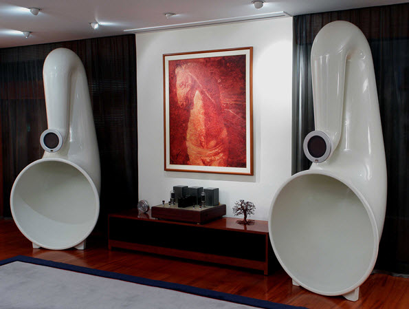 The Pnoe Is, Basically, A Full Featured Speaker Clad In A Large,  Single Driver Horn Design. Itu0027s Definitely Not The First Horn Speaker Ever  Devised (even ...