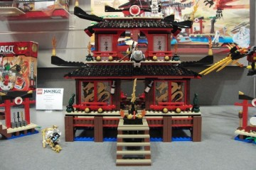 lego-2507-fire-temple