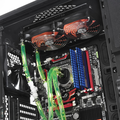 Thermaltake Level 10 Case Makes Your Gaming Rig Look Awesome