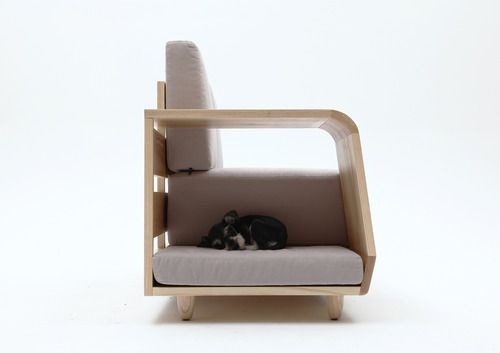 Dog House Sofa: A Couch For The Master, A Room For The Pets