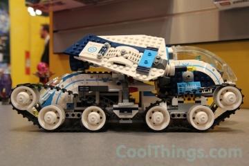 70709-LEGO-galactic-titan-10