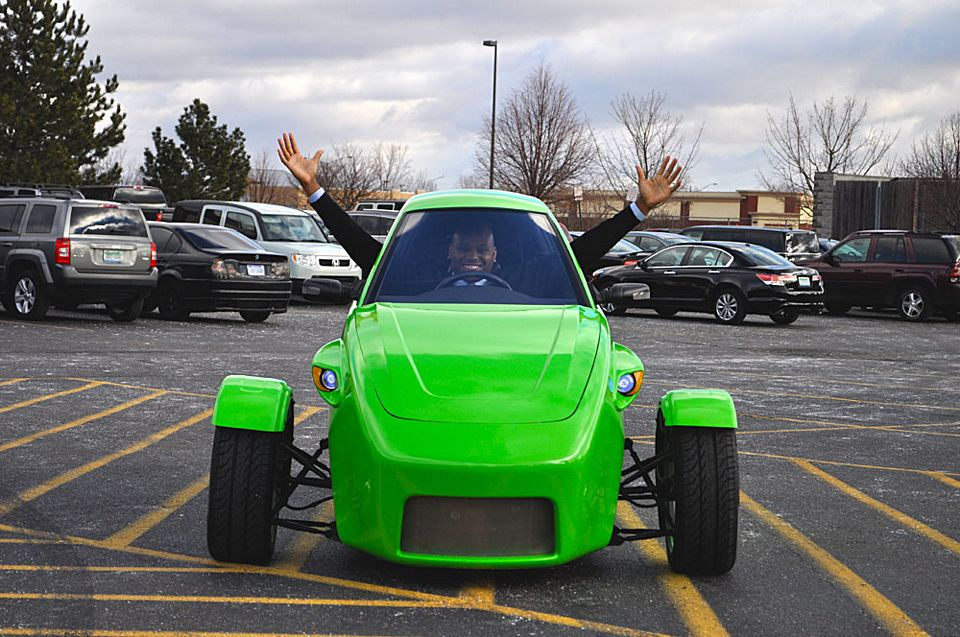 3 Wheel Car Elio Motors