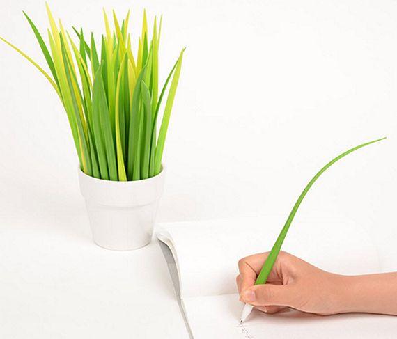 Pooleaf pen doubles as decorative indoor plant - Indoor desk plants ...