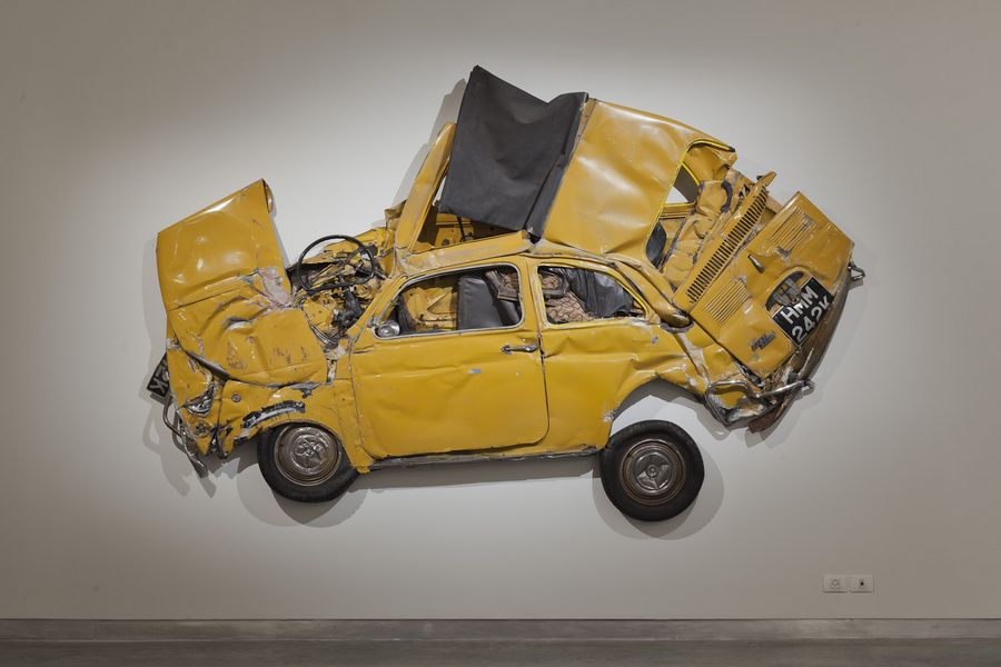 Ron arad in reverse exhibition for Decoration murale fiat 500