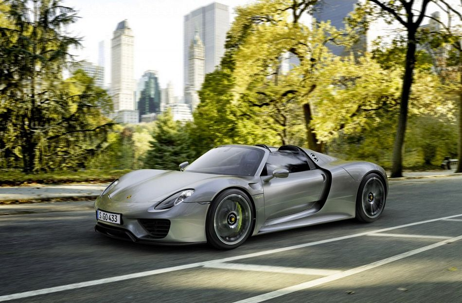porsche 918 spyder shows up in full production form. Black Bedroom Furniture Sets. Home Design Ideas
