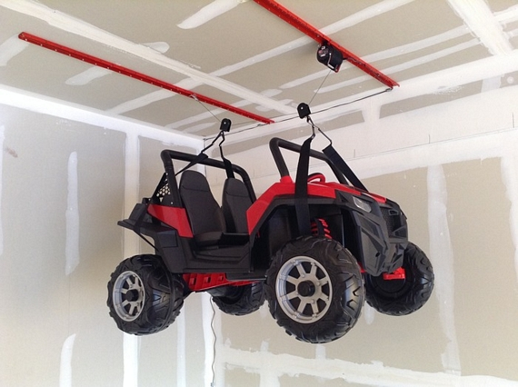 ... Combine Multiple Units To Lift Heavier Items Like Your Suzuki Quadracer  And Your Drunk Best Friend Whou0027s Ruining The Christmas Party (donu0027t Worry,  ...