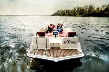 sky-yacht-joyboat-3
