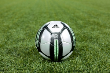adidas-micoach-smart-ball-1