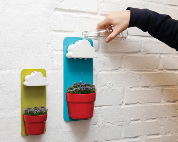 This rainy pot self watering planter is impossibly cute workwithnaturefo