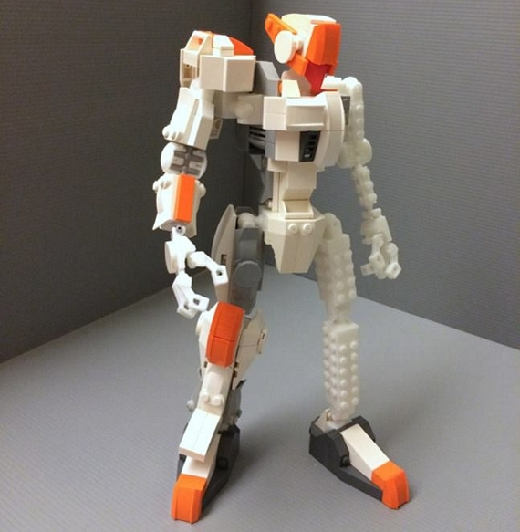 Robot Frame Is An Articulated Skeleton For LEGO Bots