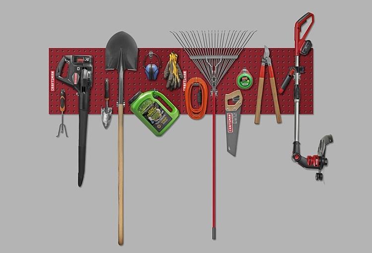 craftsman-heavy-duty-pegboard-2