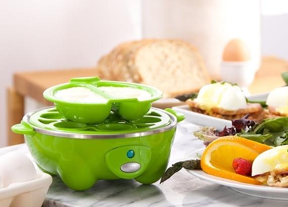 dash-go-rapid-egg-cooker-3