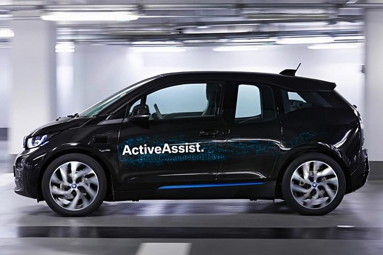 BMW-collision-avoidance-1