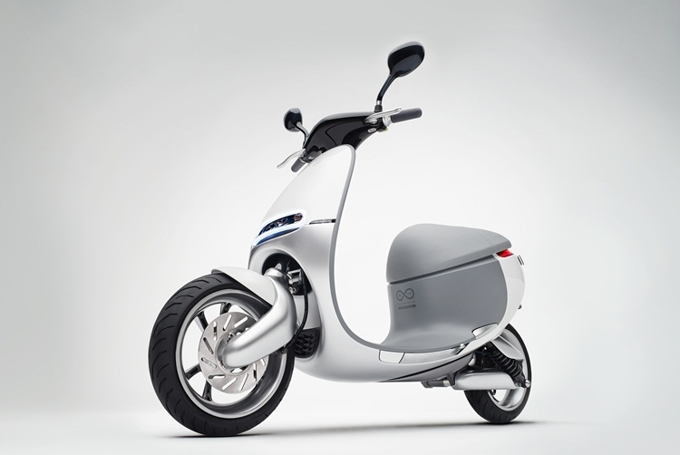 gogoro-smartscooter-1