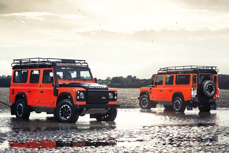 land-rover-defender-celebration-series-3