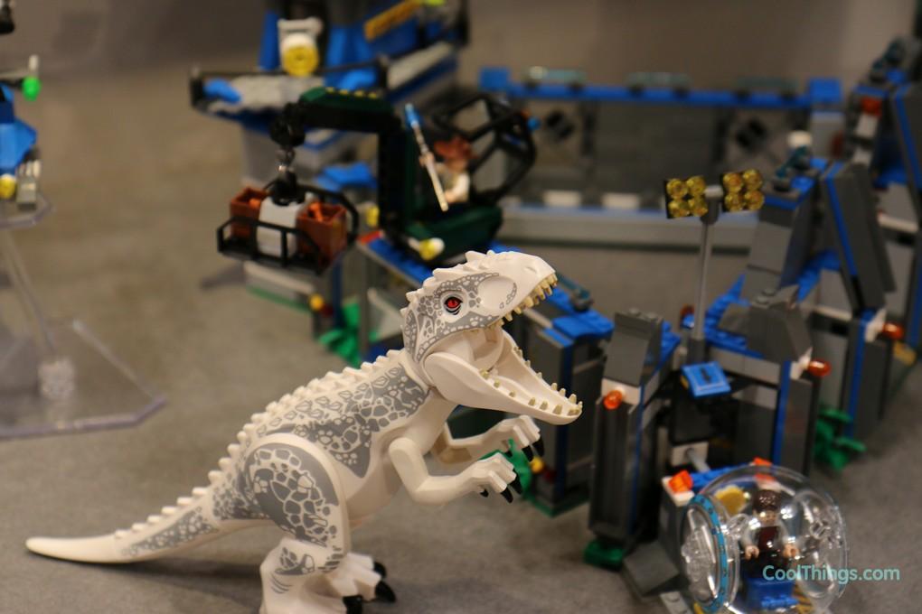 Jurassic World Indominus Rex Breakout