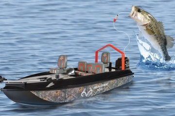 fish-catching-RC-boat-2