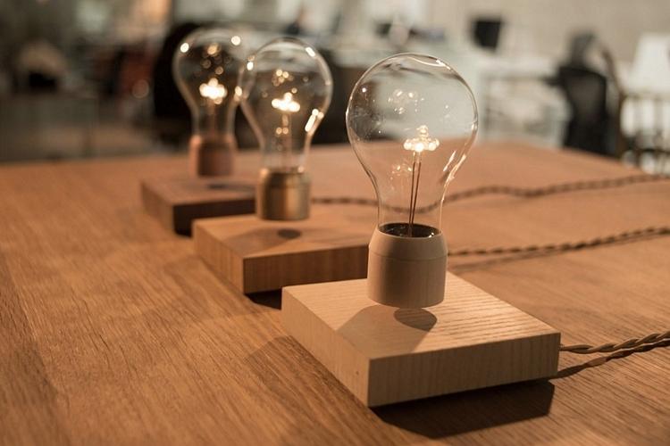flyte-lamp-1