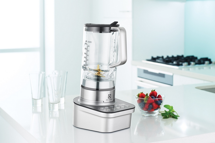electrolux-masterpiece-blender-1