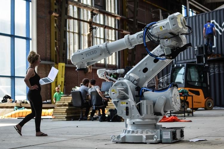 mx3d-robot-1