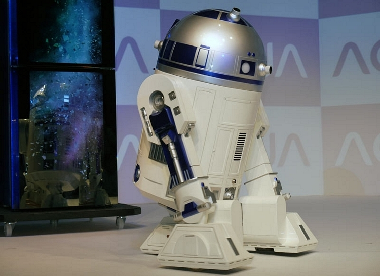 r2-d2-mini-fridge-2