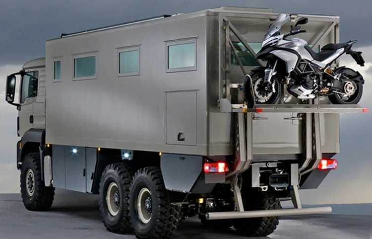 Action-Mobil-Global-XRS-7200-4