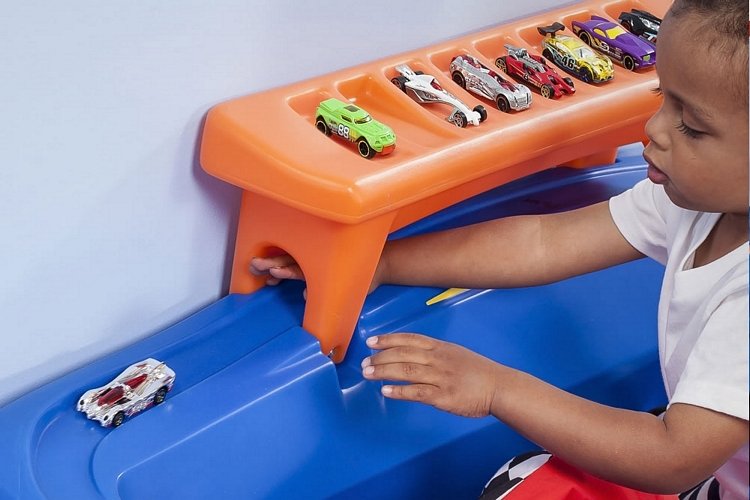 Hot Wheels Two Car Race Track