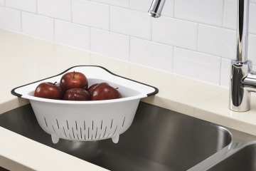 oxo-over-the-corner-colander-2