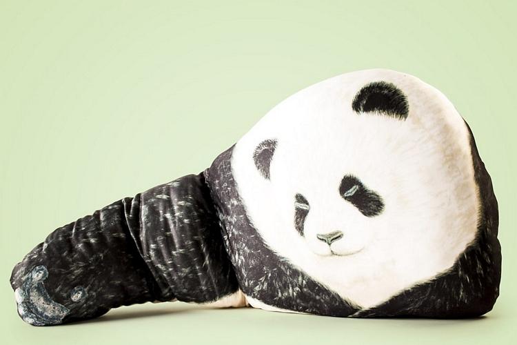 bear-hug-pillows-3