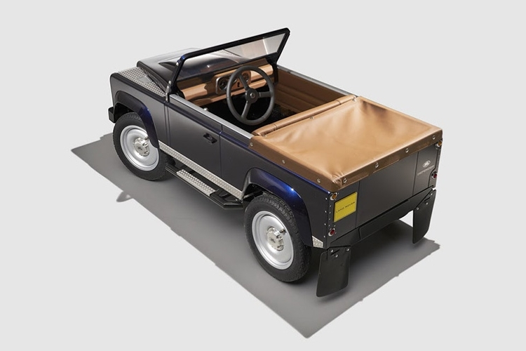 land-rover-defender-pedal-car-3