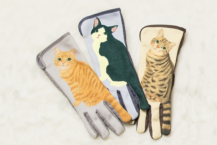 cat-tail-gloves-2