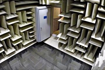 microsoft-eckel-anechoic-chamber-1
