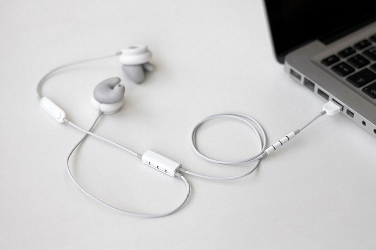 revols-earphones-1