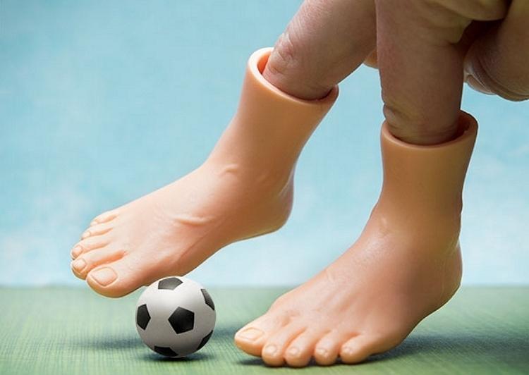 little-feet-2