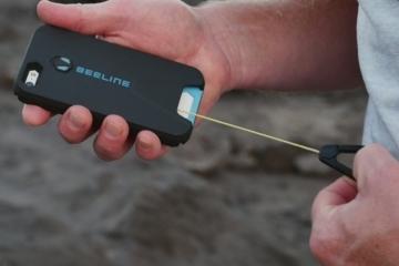 beeline-carabiner-phone-case-2