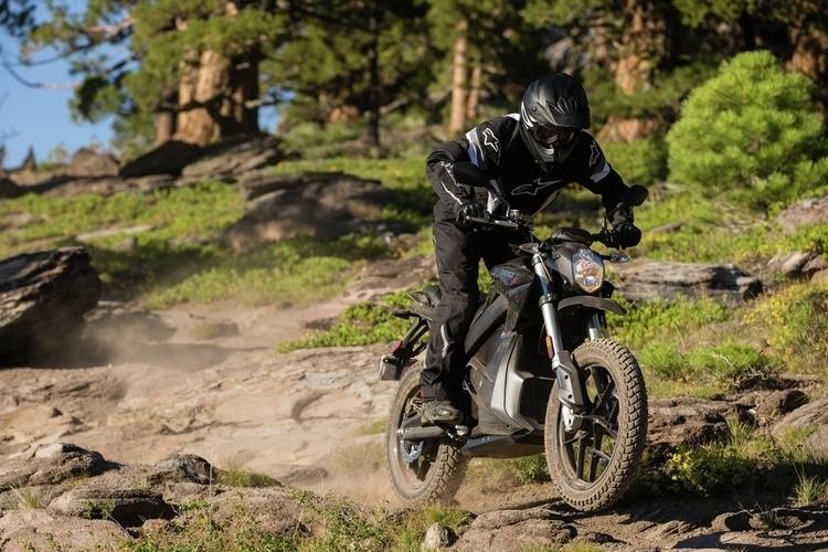 zero-motorcycles-dsr-3