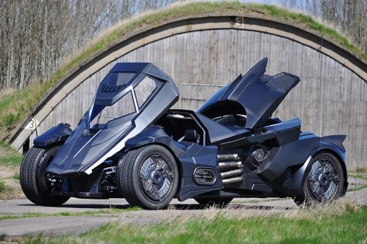 caresto-arkham-car-2