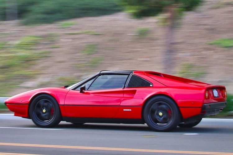 Electric GT Ferrari 308 GTS