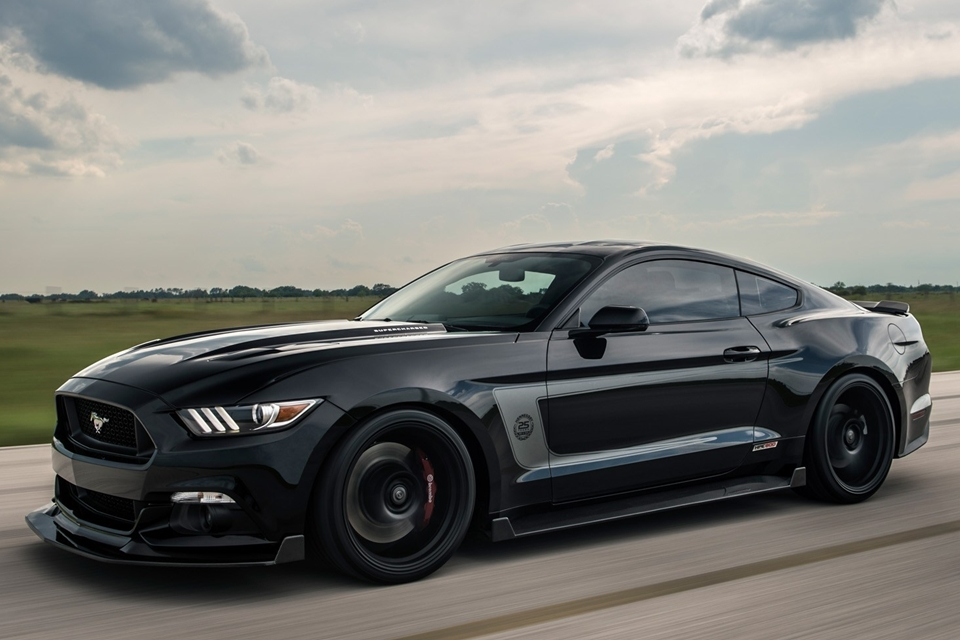 Hennessey-25th-Anniversary-Edition-HPE800-Ford-Mustang-3