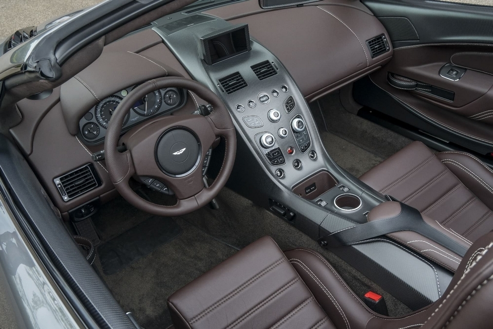 aston-martin-gt12-roadster-4