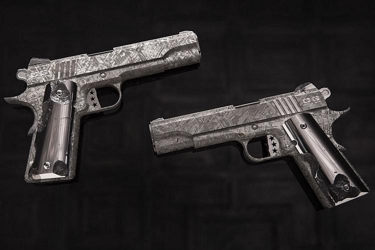 cabot-guns-big-bang-pistol-set-1
