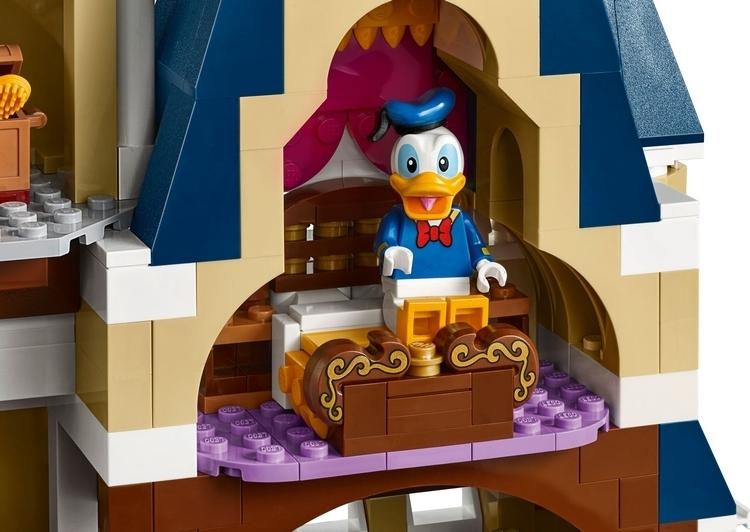 LEGO-disney-castle-3