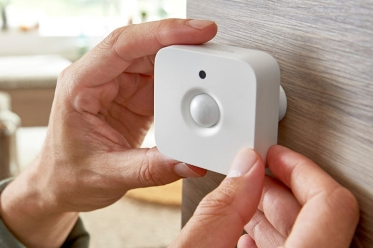 philips-hue-motion-detector-1