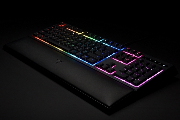 razer-ornata-chroma-2
