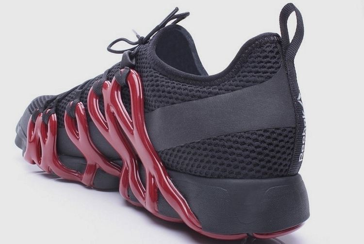 reebok-liquid-speed-3