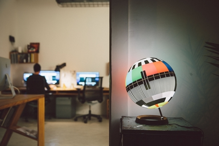 mono-lamp-3