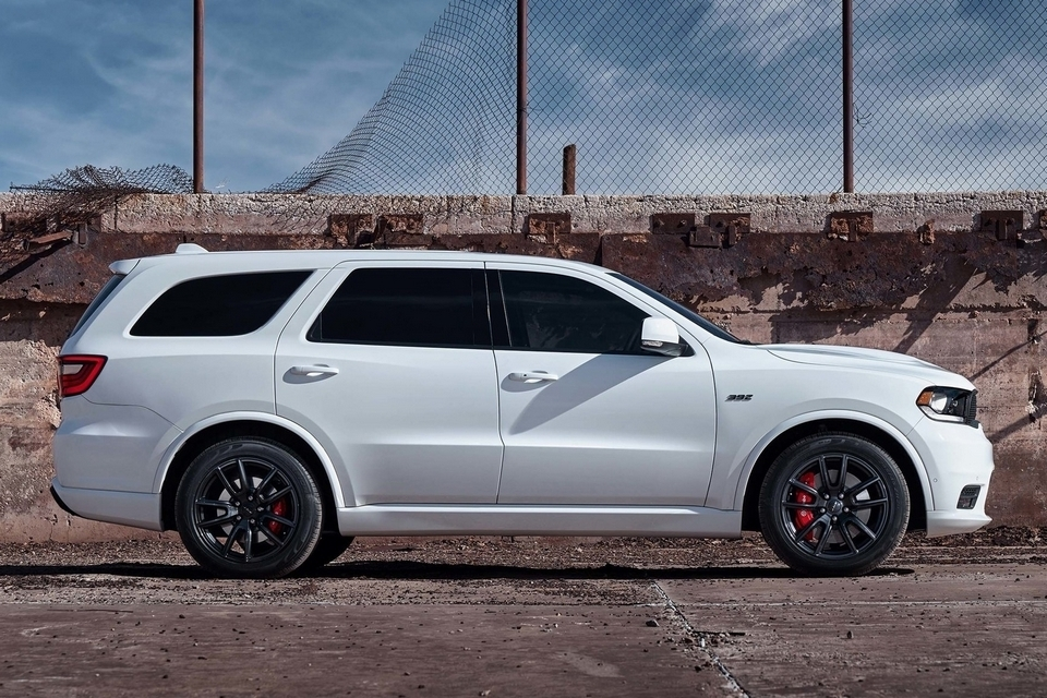 2018-dodge-durango-srt-2