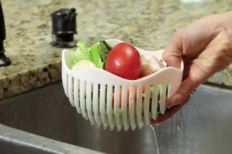 60-second-salad-maker-1