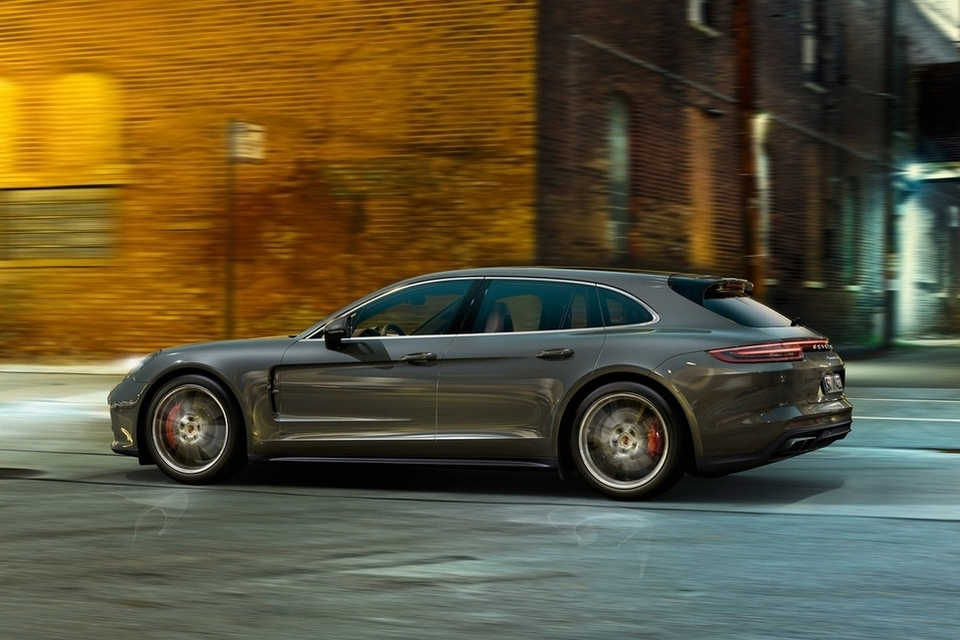 2018 Porsche Panamera Sport Turismo Just May Be The Sexiest Station ...